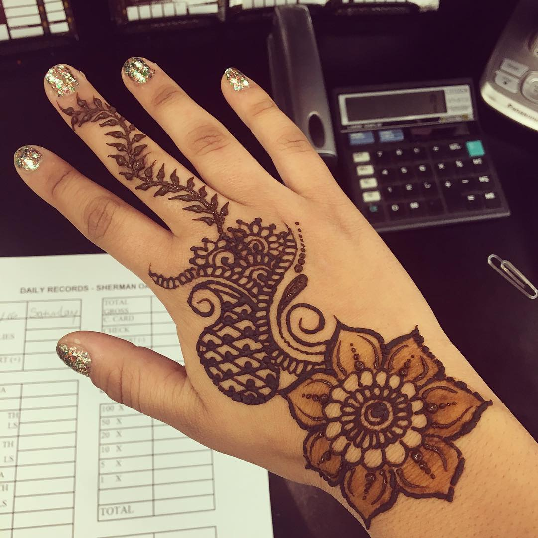 Henna Tattoos – Vinita's Beauty & Threading Studio | 1080 x 1080 jpeg 124kB